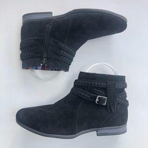 Minnetonka Womens Black Suede Boot 7.5